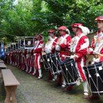 Fanfarenzug Graf Toerring Gernlinden bei der Begrüßung in der Burgwehr